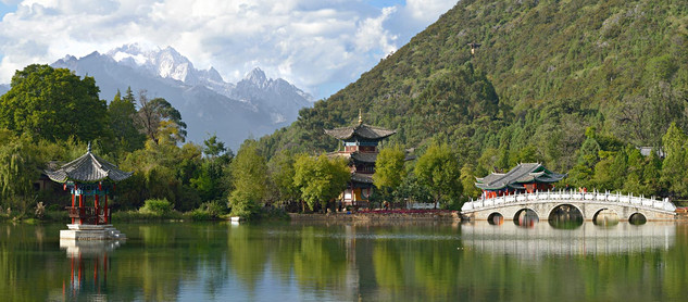 13. Black Dragon Pool, Lijiang, Yunnan.j