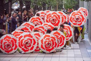 08. Street dancers, Akihabara.jpg