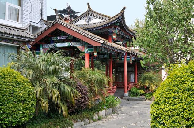 26. Old Hotel entrance in Dali, Yunnan.j