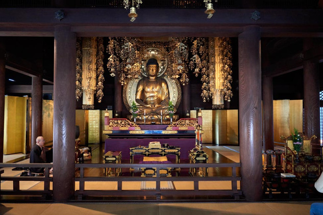 32. Buddhist chapel at Chion-in.jpg
