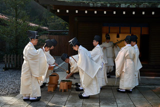23. Monks at Meiji Jingu.jpg