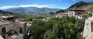 04. Lhasa as seen from the Deprung Monast