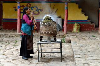 09. Pilgrim at the Shalu Monestery.jpg