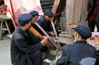 17. Water pipe smokers, Yuanyang, Yunnan