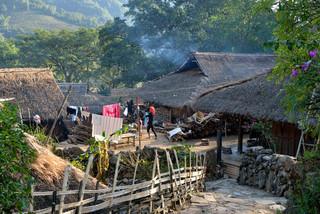 49. Wending village of Wa minority, Xime