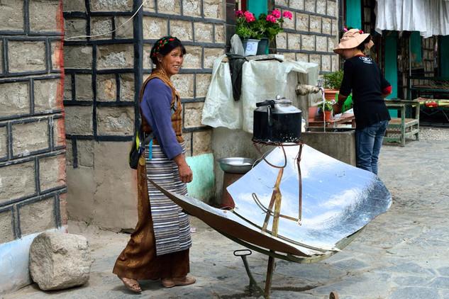26. Boiling water the tibetan way.jpg