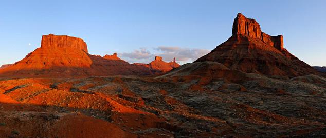 04. Castle Rock Valley, Utah.jpg