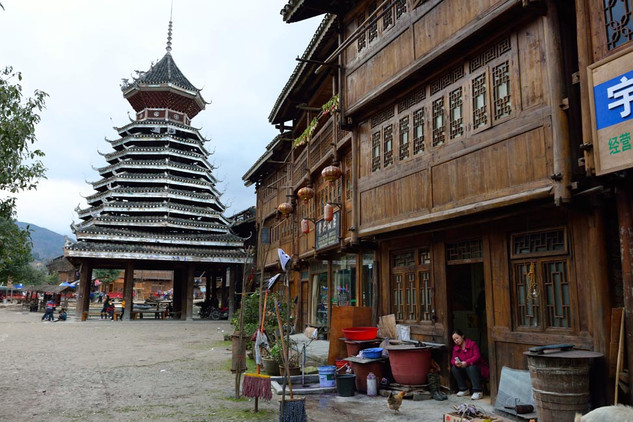 39. Dong minority village with Drum Towe