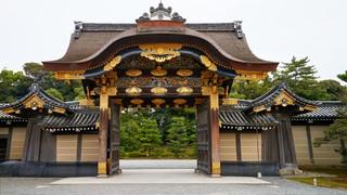 19. Nijo-jo, main gate.jpg