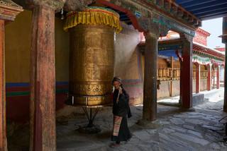 02. Prayerwheel at Traduk Temple.jpg