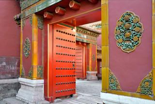 10. Gate to the servants quarter.jpg