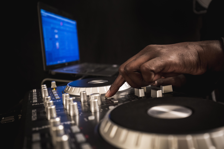 DJ Rob-67