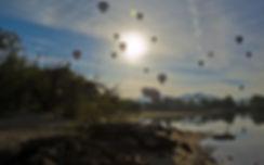 hot-air-balloon-1443343__340.jpg