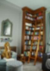 harry-potter-bookcase.jpg