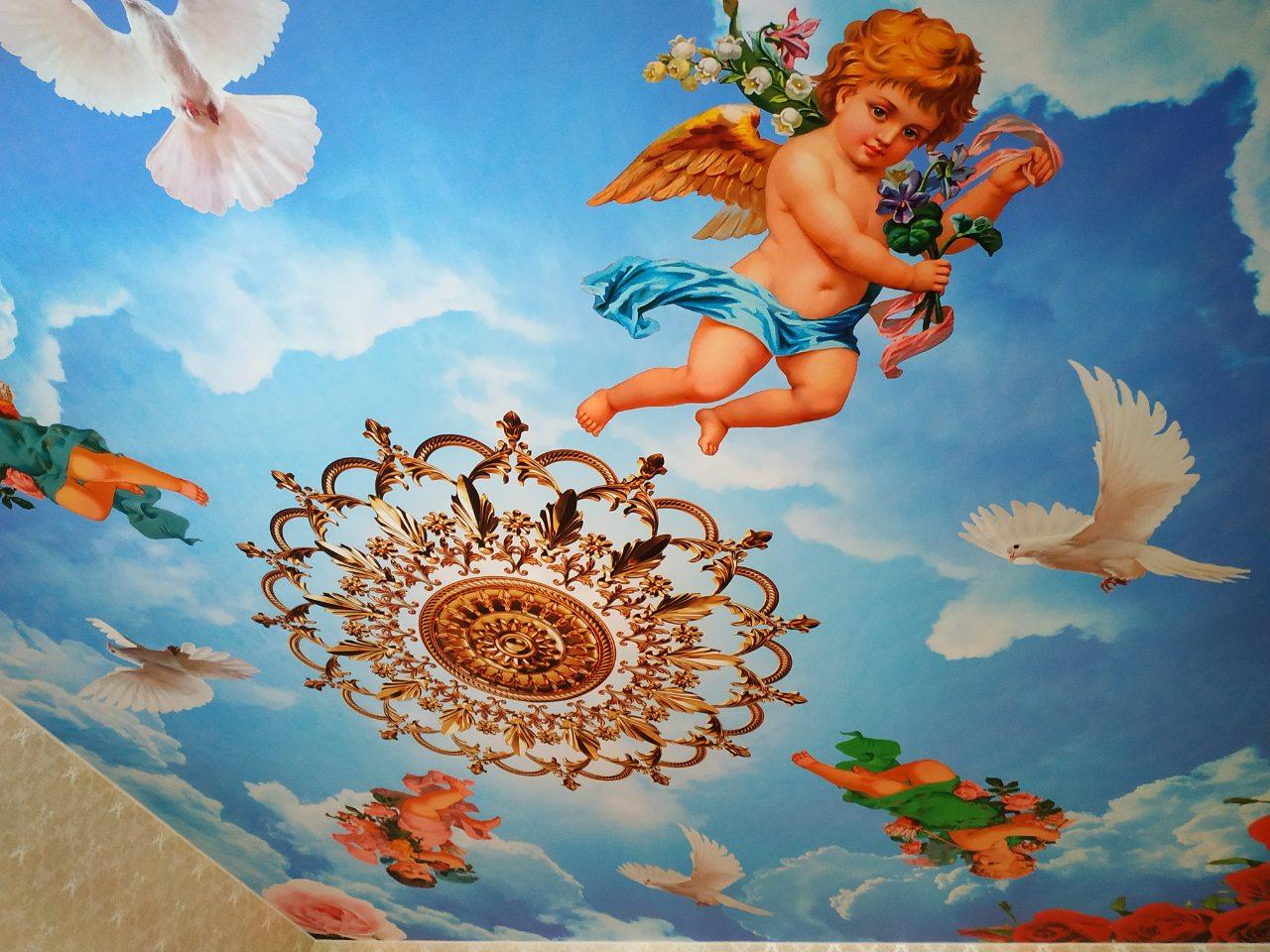 фотопечать на натяжной потолок с ангелочками сразу что