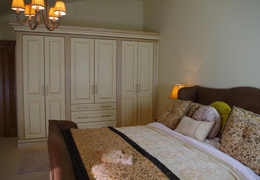 handpainted-bedroom.jpg