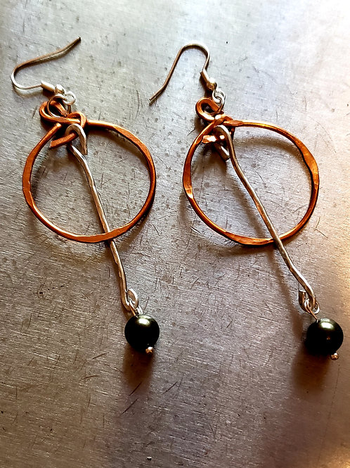 Circle Pendulum Earrings