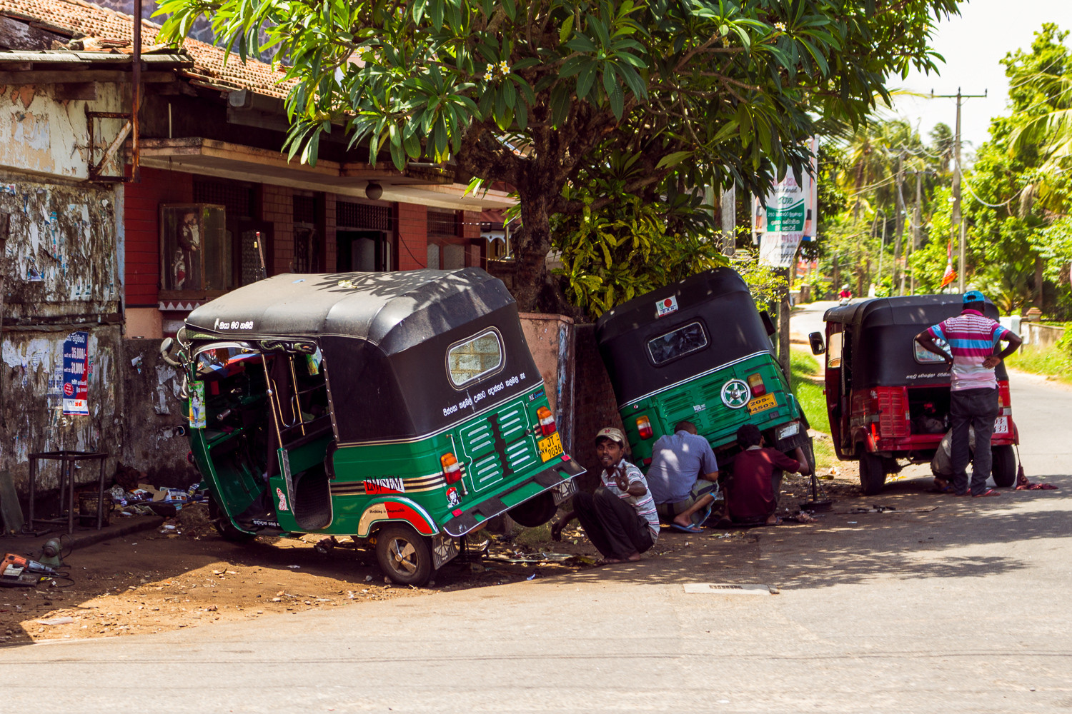 Tuk Tuk Repair by RJ Photo