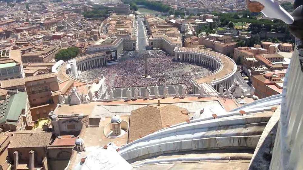 viaje a Roma. Vista panorámica desde la cúpula de San Pedro, Vaticano