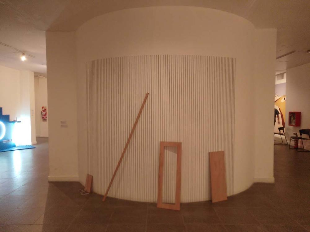 Ariel Mora, instalación Sin Título (2017)