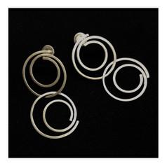 """Brincos """"Espiral Diaforme"""", coleção Modernos - R$ 380"""