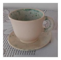 Xícara de café com pires - R$ 30