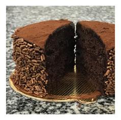 Mini bolo de chocolate vegano - R$ 12