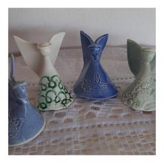 Anjos pequenos de porcelana - R$ 30