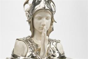 Le Musée Art & Histoire à Bruxelles organise une vente aux enchères pour financer la rénovation