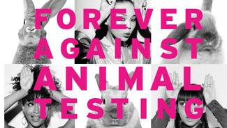 Les joyeux lapins de Pâques défendent le bannissement des tests sur les animaux avec The Body Shop