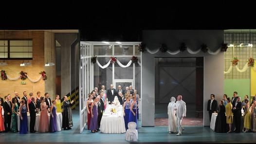 Lady Macbeth de Mzensk de Dimitri Chostakovitch et en entreprise à l'Opéra de Lyon
