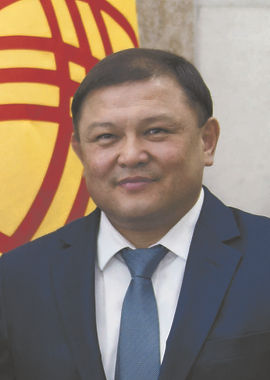 kirgizistan-meclis-baskani-dastanbek-dzh