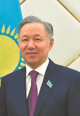 kazakistan-meclis-baskani-nurlan-nimatul