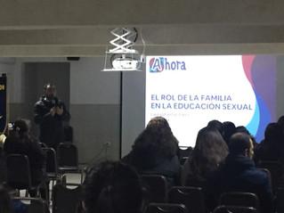Apoderados/as de 7º a IVº medio del Colegio Fernández León en Llo-Lleo comprendieron su rol en la Ed