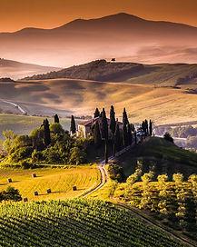 tuscany-945506_1920.jpg