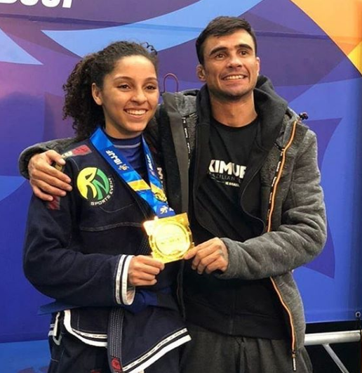 ALUNA DO SAGRADA VENCE EUROPEU DE JIU-JITSU
