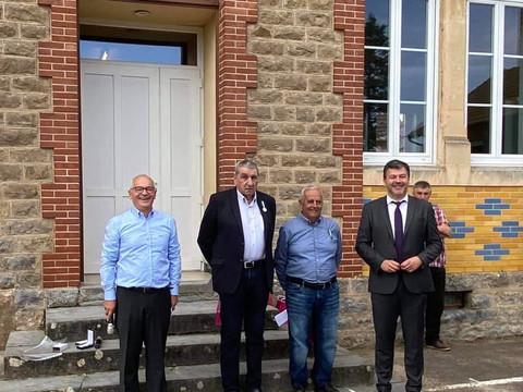 Remise de médailles à Saint-Julien-de-Civry