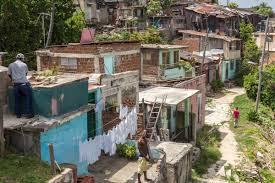 Guía para el comunista coherente: Cómo emigrar a Cuba.