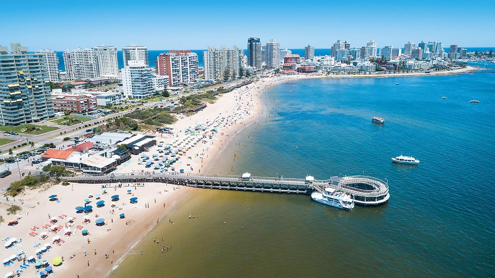 Realmente necesito 380k para emigrar a Uruguay?