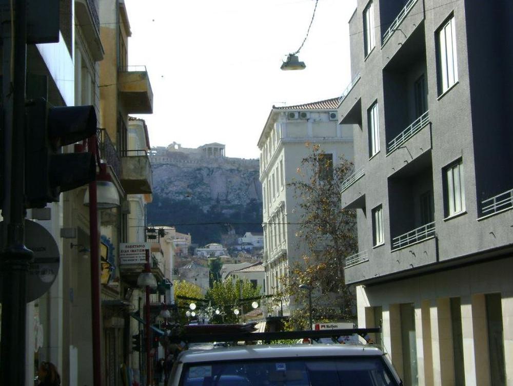 Grecia seduce exportadores de servicios con un 50% off