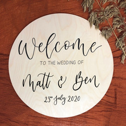Circular Wooden Welcome Sign