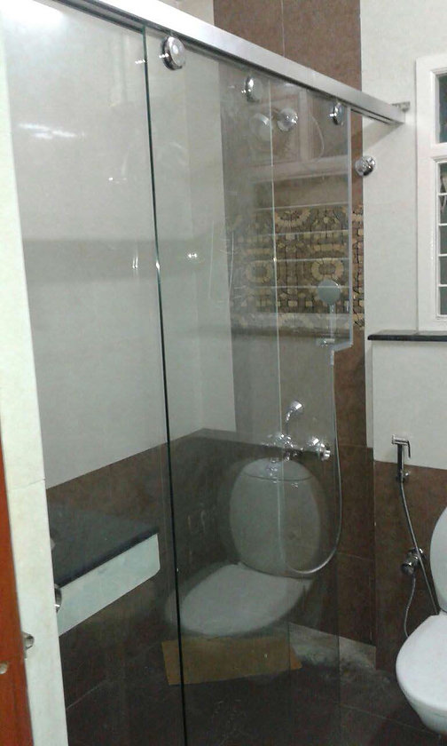 Toilet-glass-partitions-6.jpg