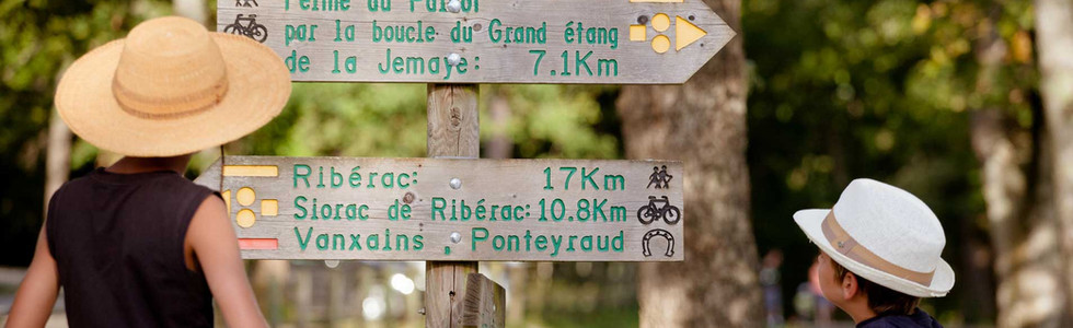 Petites randonnées en Périgord Ribébéracois©PPV-Petite-Souris.jpg