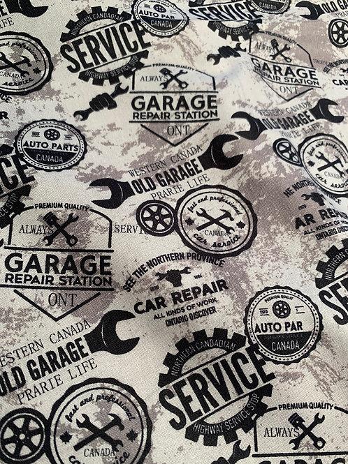 Garage Service teinte de gris