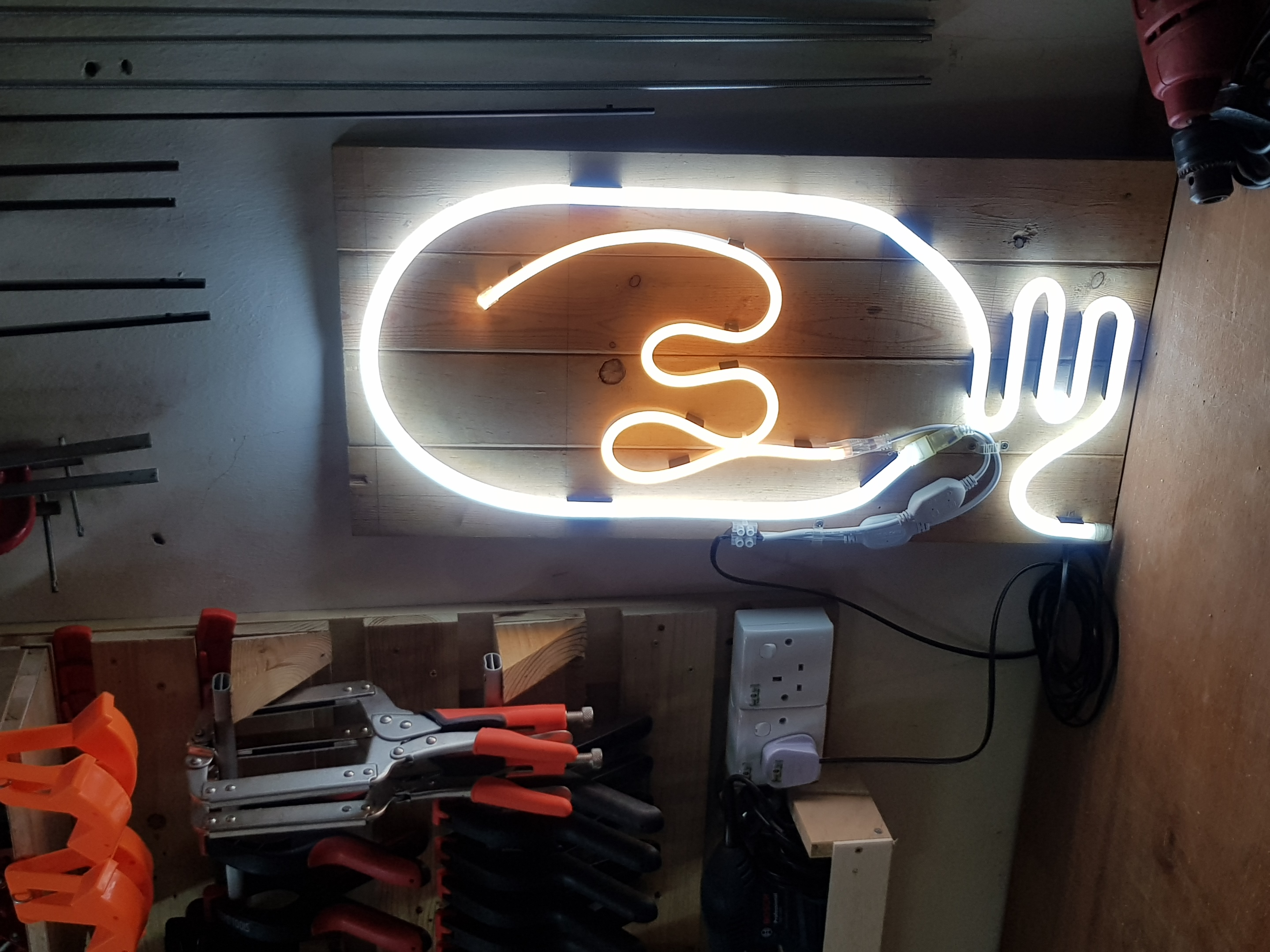 "DIY ""IDEA"" Neon Sign"