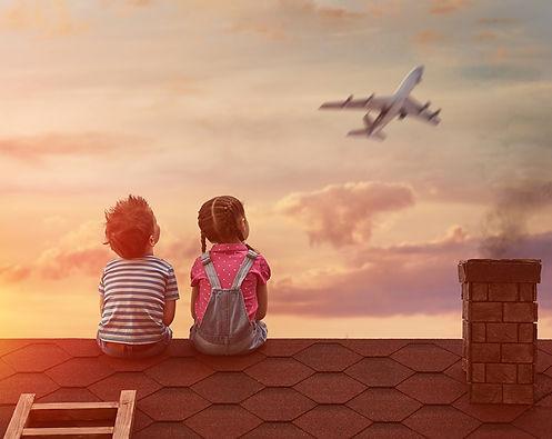 Criancas e aviao 2.jpg