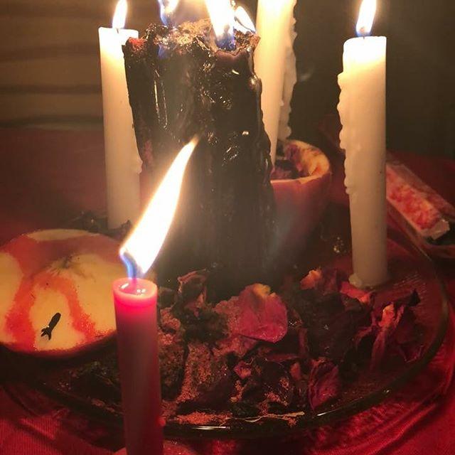 Work #wiccansofinstagram #witchesofcolor #occult #dallastarot #dallasdoula #witchesofinstagram