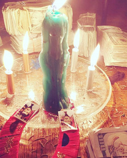 Money Magick with Blood #brujas #bruja #brujería #witchcraft #witch #dallaslovespells #dallastarot
