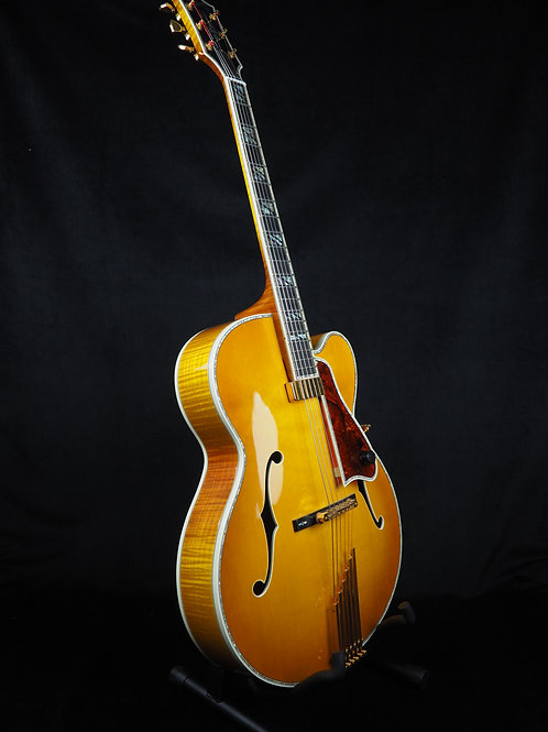 SOLD -2003 Gibson LeGrand - Presentation Grade Appointments - Hutch