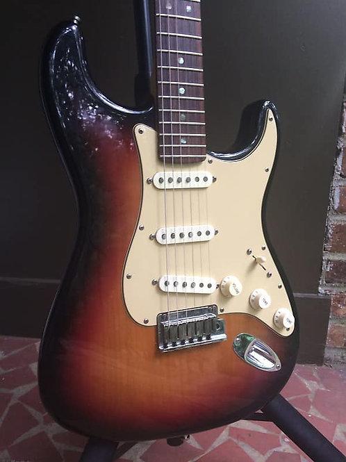 2006 Fender 60th Anniversary American Deluxe Stratocaster - Sunburst